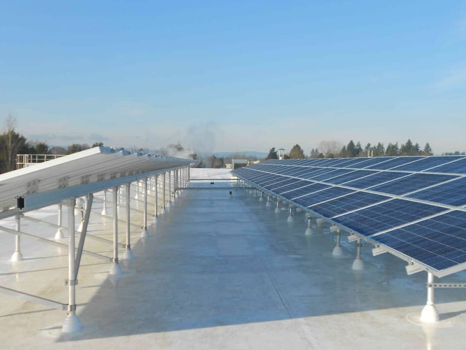 Pacific Foods Solar Electric photovoltaic on TPO roof Oregon PV Conergy 250 watt modules (1)